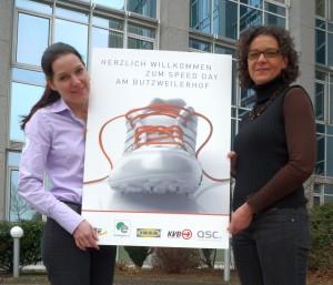Alexandra Bottenberg und Brigitte Glatzel aus der QSC-Personalabteilung hatten zum Azubi Speed Day eingeladen