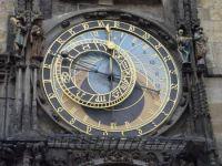 Die astronomische Prager Rathausuhr von 1410, Ausschnitt. Foto: Maros Mraz/Wikimedia.org.