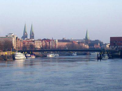 Bremen – Blick von der Stephanibrücke Richtung Stadtmitte. In der Hansestadt veranstaltet der VAF Bundesverband Telekommunikation im Juni seine Jahrestagung Vertrieb.