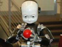 Roboter sind kein Science-Fiction mehr, sondern längst zu nützlichen Helfern geworden. Quelle. RobotCub.org.