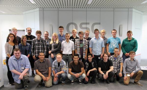 Die neuen Azubis der QSC AG in Köln.
