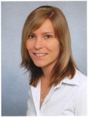 Pamela Thurn: Schon während ihres Business-Management-Studiums spezialisierte sich die Ausbildungsleiterin der QSC AG auf den Bereich Human Ressources. Bei QSC stieg sie 2011 als Trainee ein.