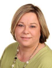 Silke Jacobsen arbeitet seit fast 20 Jahren bei der INFO AG. Sie ist in der Personalabteilung für die Betreuung der Azubis zuständig.