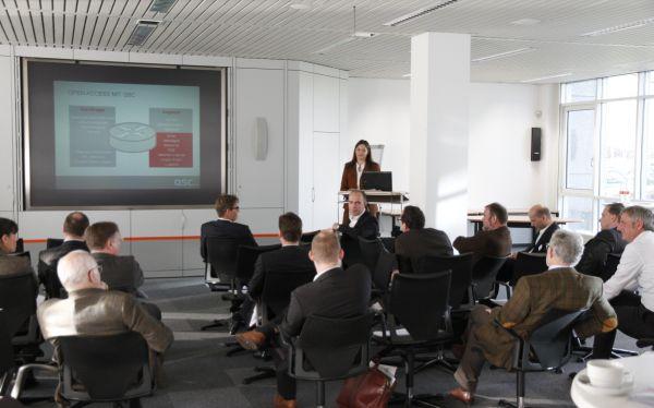 Erster QSC-Breitbandtag am 3. Dezember 2013 in den Räumen der Unternehmenszentrale in Köln.