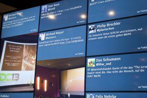 Besonderer Mehrwert: Tweets der Veranstaltungsteilnehmer wurden auf Videomonitoren sichtbar gemacht.