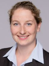 Julia Herzog, Personalmanagement