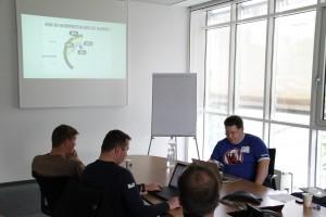 Wie sichere ich mein WordPress ab? Session von @00sleepy auf dem #barcampkoeln. Foto: Dennis Knake/QSC AG
