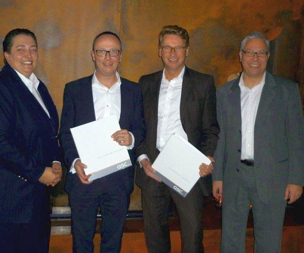 Britta Wells, Direkter Vertrieb Energie Henning Reinecke, Vorstand QSC AG Matthias Trunk (Geschäftsführer SWN), Dirk Sasson (Bereichsleiter IT & Telekommunikation SWN)