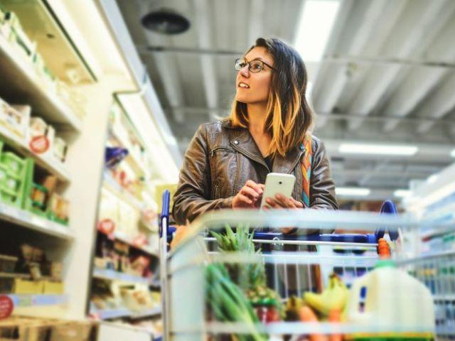 Das Internet der Dinge macht den Einzelhandel smart. Foto: © istock. com / PeopleImages